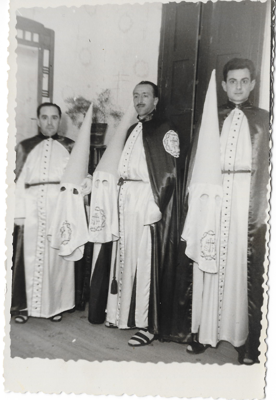Primeros Hermanos mayores Pedro Serrano, José Tormo y Santos López